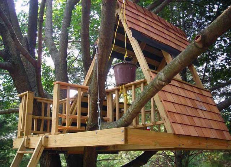 Как сделать домик на дереве одному 959