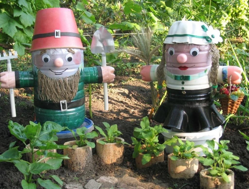 Поделки из пластиковых кег для сада и огорода и описание