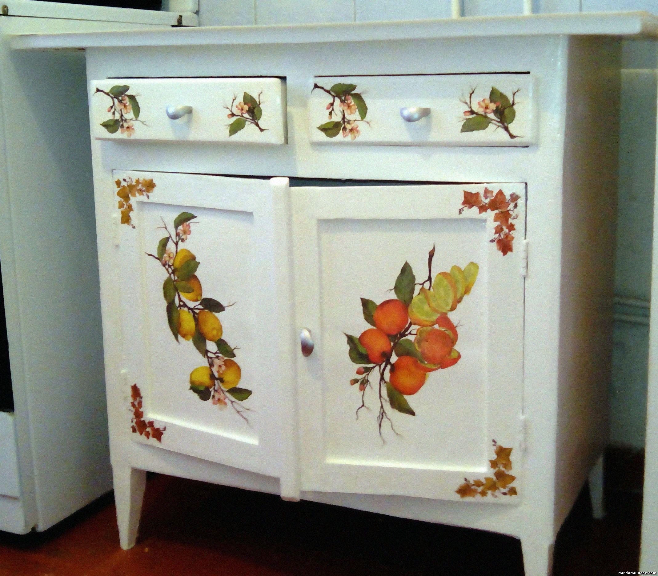 Как обновить старую мебель фото своими руками