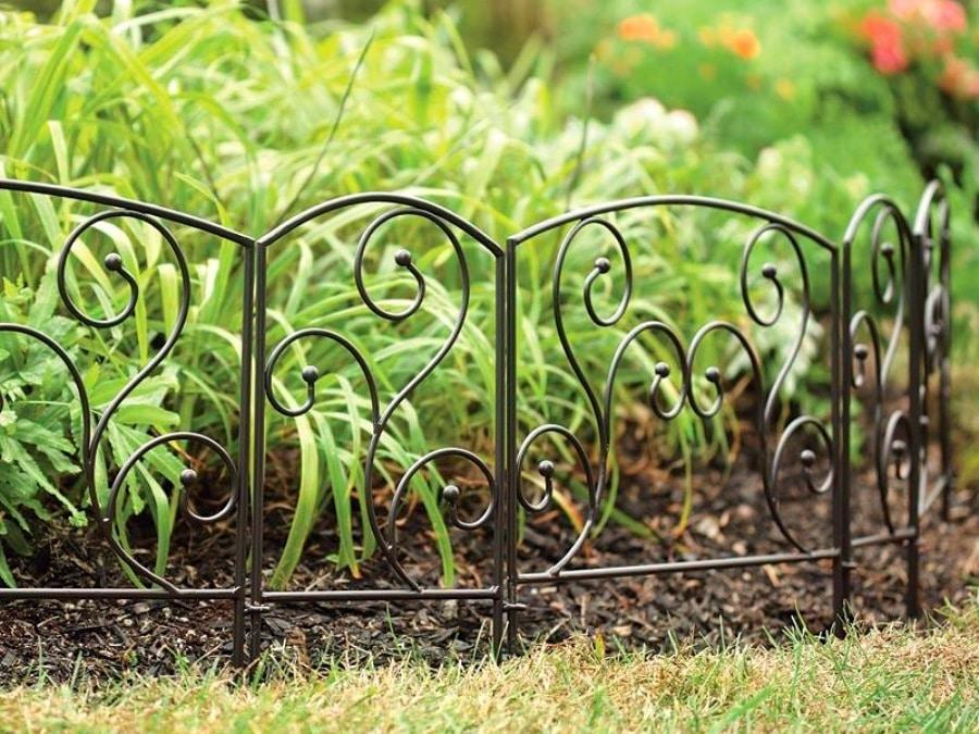 Декоративная оградка для клумб своими руками 14