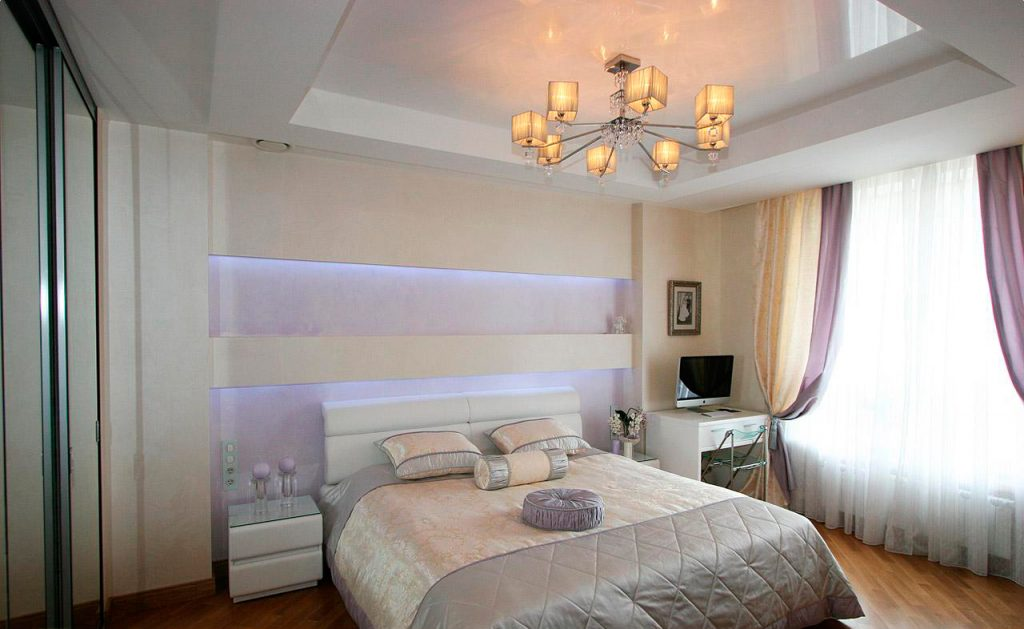 Как сделать натяжной потолок в спальни 580