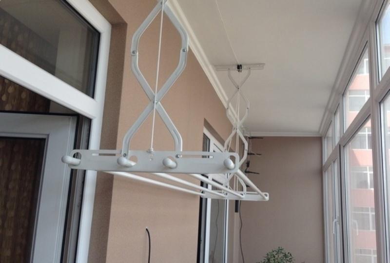 Бельевая веревка на балкон - всё о балконе.