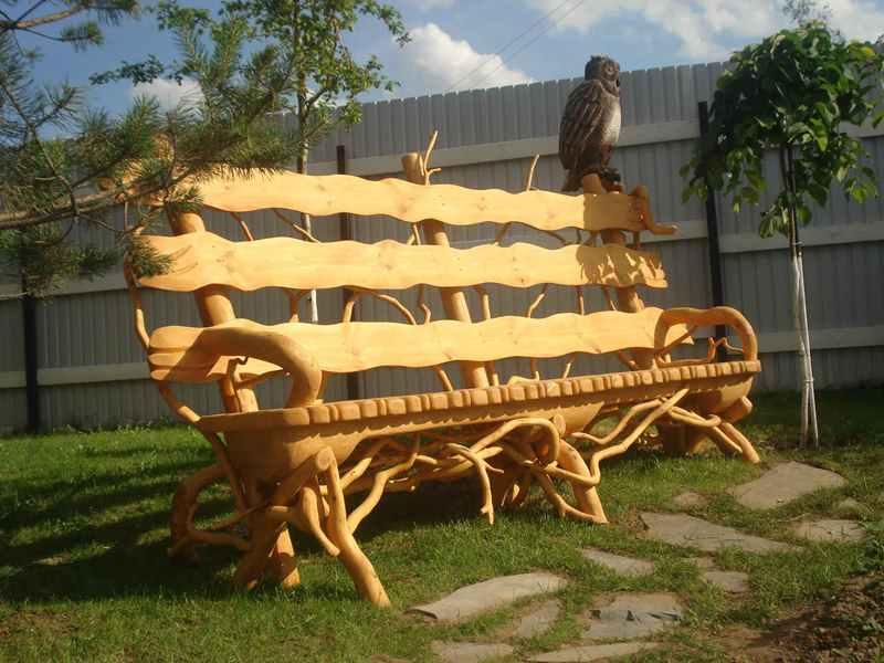 Какими могут быть скамейки для дачи из дерева?