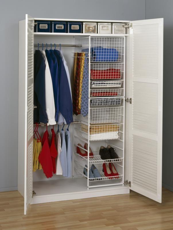 Встроенные шкафы-купе elfa - практичность, удобство, комфорт.