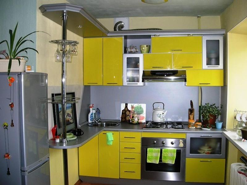 Кухни малогабаритные из балкона фото.