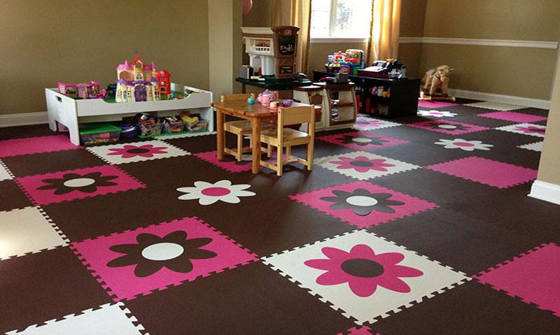 Мягкий пол для детских комнат: описание видов и критерии выбора