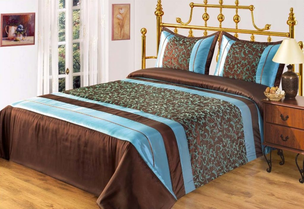 Как сшить покрывало на кровать: дизайнерские идеи на двуспальную, стильное в интерьере, дизайн накидки