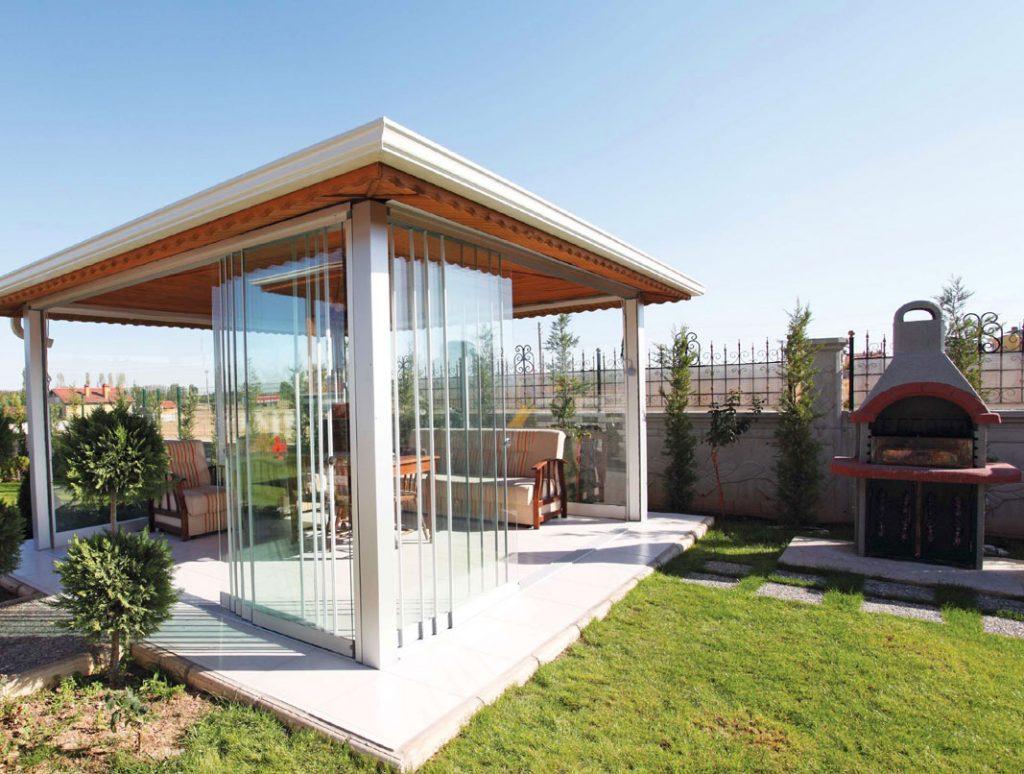 Некоторые варианты дизайна веранды в загородном доме