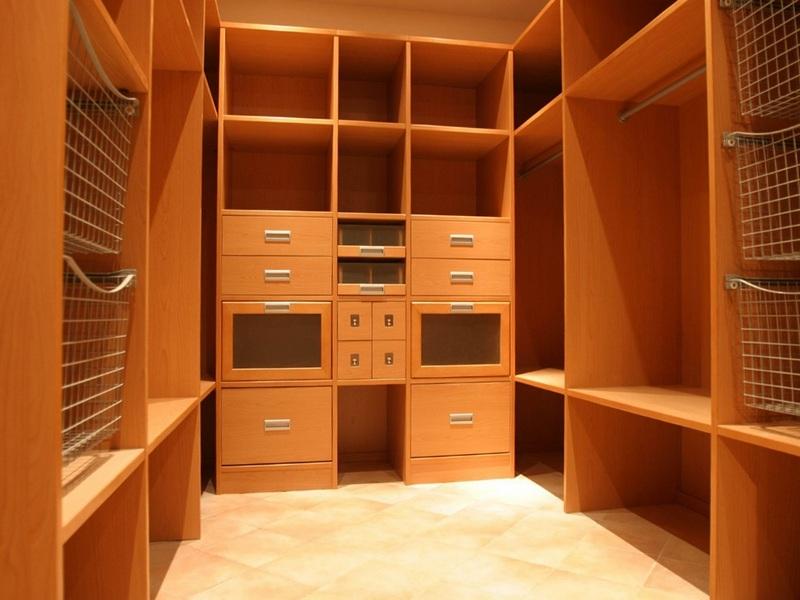 Какие бывают гардеробные системы