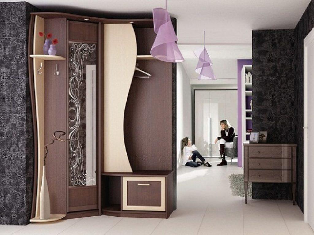 Какой выбрать угловой шкаф в прихожую?
